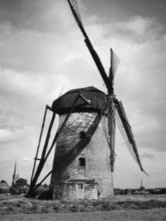 The tower windmill, postcard view from around 1930 (Annual historical book 2006, page 37)