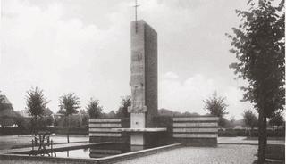 Cyriakus memorial, in the foreground lies the Cyriakus fountain, a 9 metre-long water basin, postcard-view before 1939.